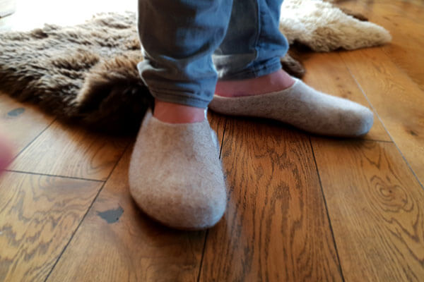 sports shoes a1051 837d6 Arten von Hausschuhen ⭐ Der große Überblick